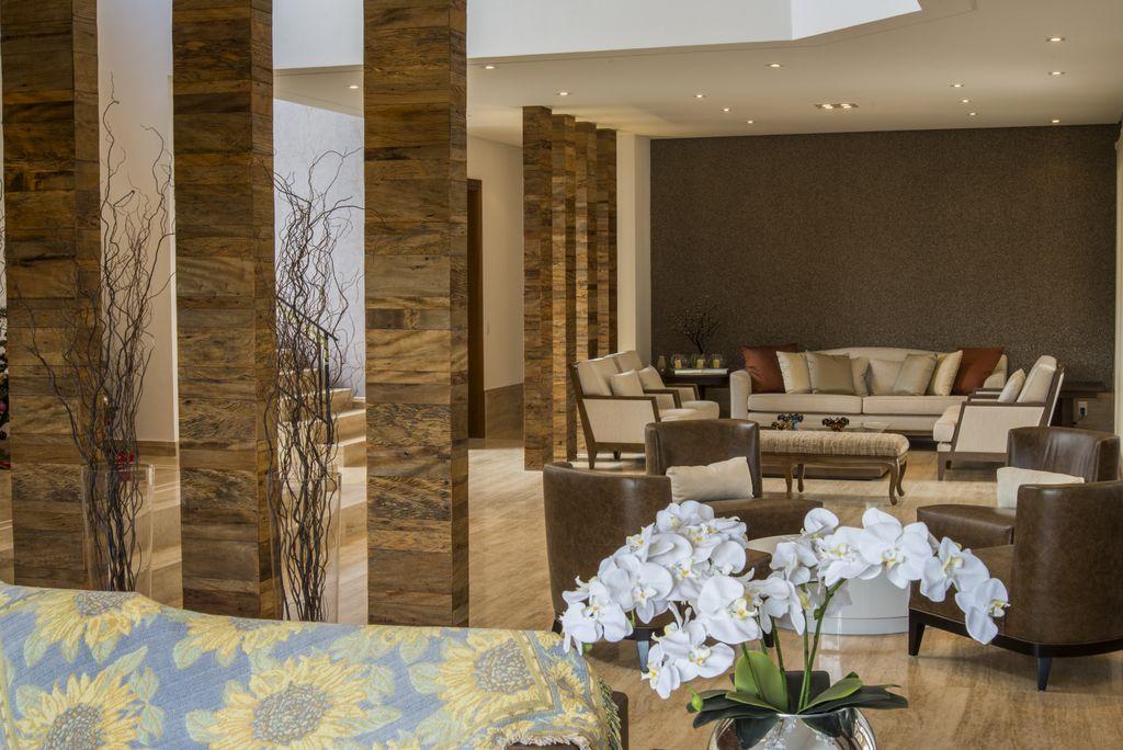 detalhe de colunas de madeira de demolicao unimoveis marcenaria boutique, mobiliario spb medida projetos especiais para arquitetos