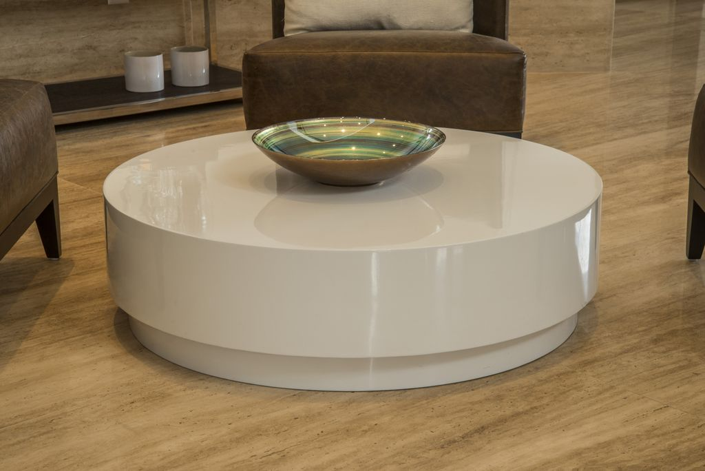 unimoveis marcenaria boutique mesa redonda em laca branca