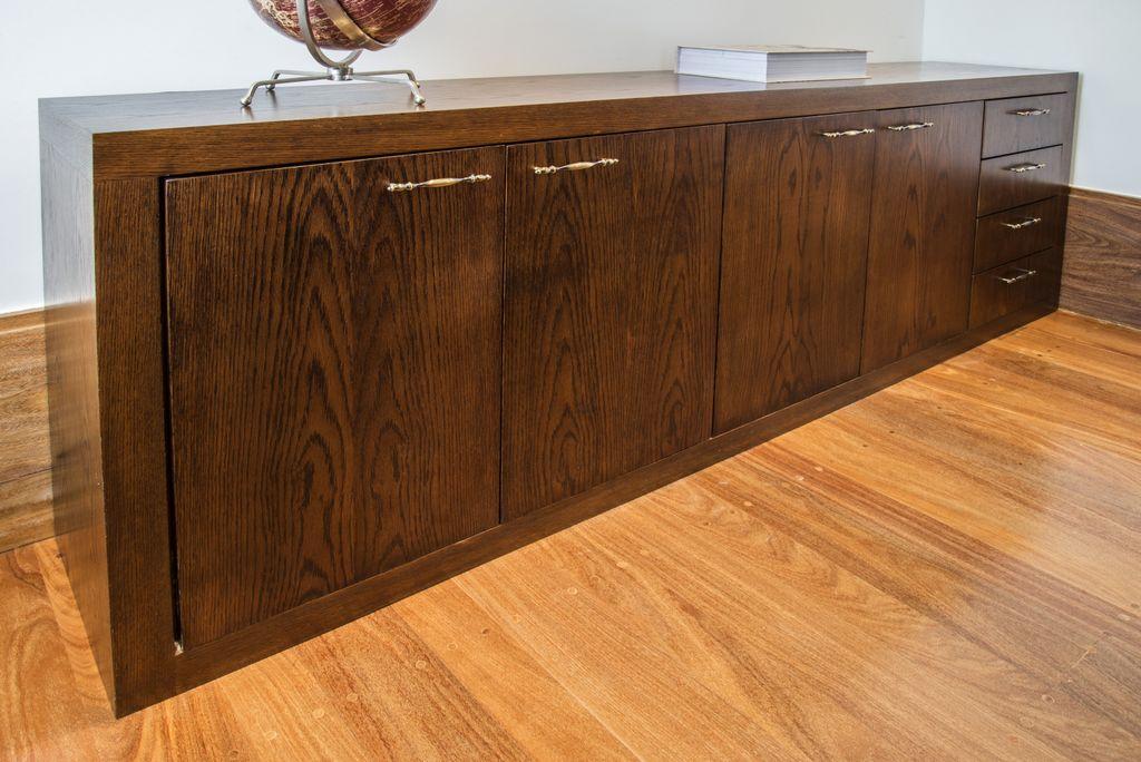 unimoveis marcenaria boutique aparador de madeira com gavetas