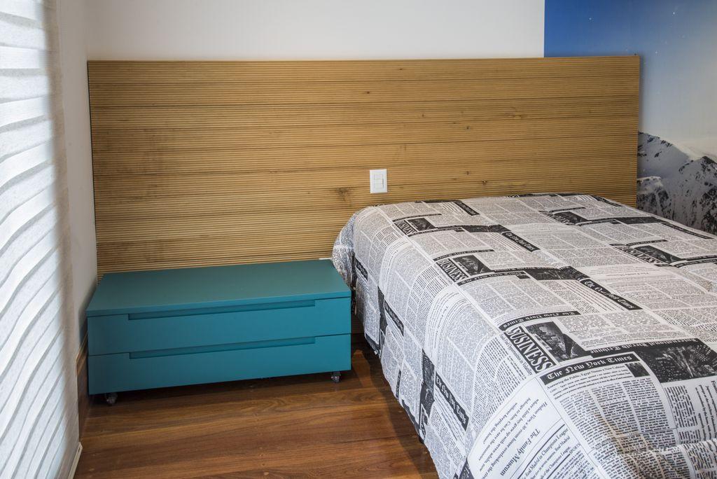 unimoveis marcenaria boutique criado mudo retratil de laca turqieza para dormitorio teen