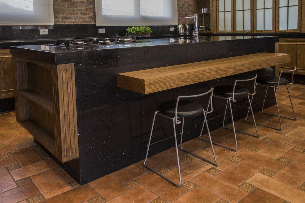 detalhe de balcao de cozinha unimoveis marcenaria boutique, mobiliario spb medida projetos especiais para arquitetos
