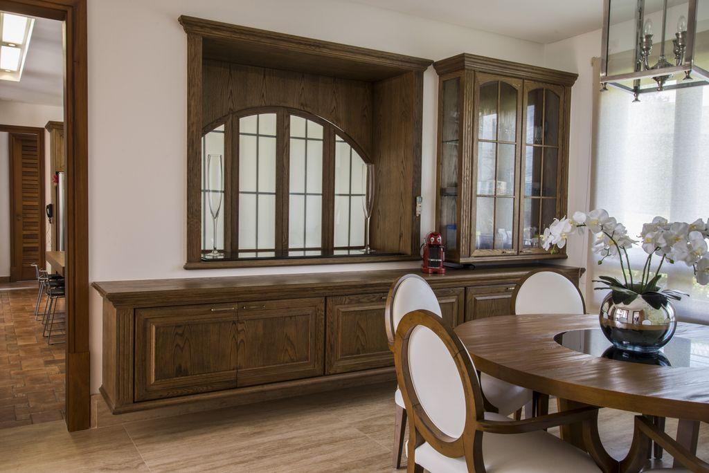 buffet de madeira suspenso na parede armario suspenso unimoveis marcenaria boutique, mobiliario spb medida projetos especiais para arquitetos