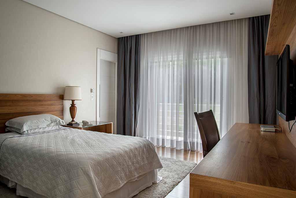 bancada escrivaninha para quarto dormitorio completo de madeira sob medida unimoveis marcenaria boutique projetos completos serviço top atendimento alto padrao ferragens importadas da europa